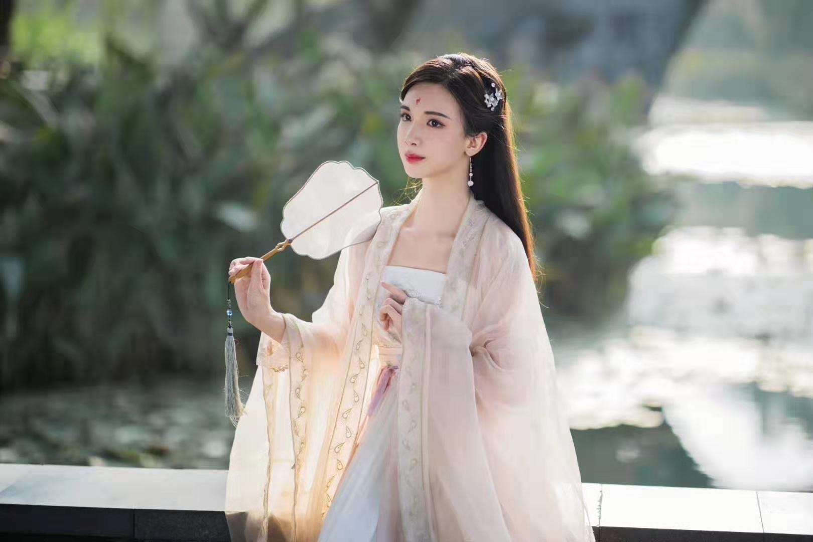 https://guo-nei.oss-cn-beijing.aliyuncs.com/shanghai/eruda/42.jpg